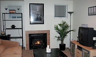 Living Room, 545 E 17th Ave, 0