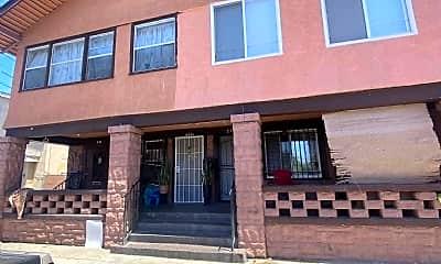 Building, 229 E 30th St, 1