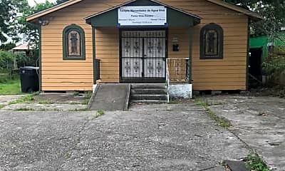 Building, 6306 Gainesville St, 0