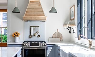 Kitchen, 2110 Edgewood Pl, 1