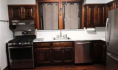 Kitchen, 27 Charlton Pl, 1
