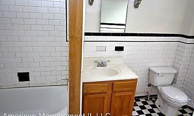 Bathroom, 103 W 29th St, 2
