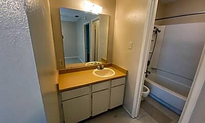 Bathroom, 300 Moursund Blvd, 0