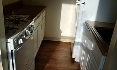 Kitchen, 81 W 126th St, 1