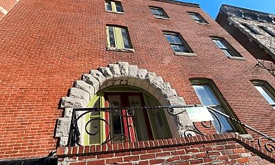 Building, 1323 N Calvert St, 1
