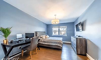 Living Room, 183 Evergreen Rd, 1