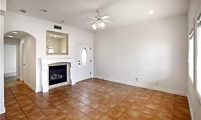 Living Room, 308 19th Pl, 2