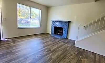 Living Room, 1499 2320 S, 1