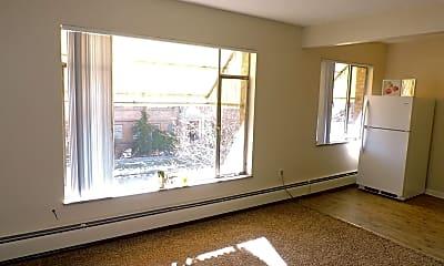 Living Room, 1200 Pearl St, 2