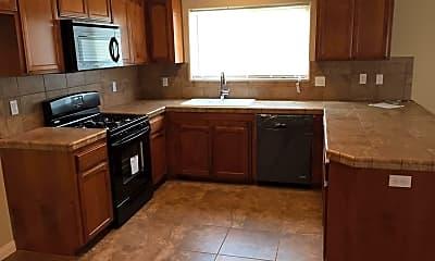 Kitchen, 3041 Manor St, 1