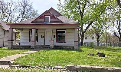 Building, 304 E Park St, 0