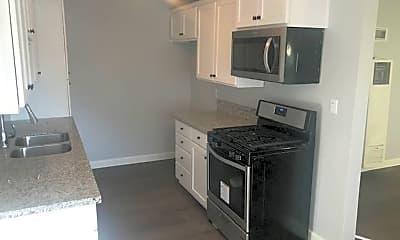 Kitchen, 5035 Olivewood Ave, 1