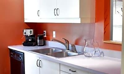 Kitchen, 500 West Street, Unit 18, 1