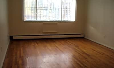 Kilbourn Apartments, 2