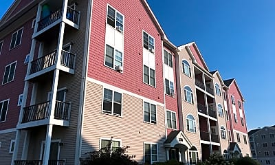Deslauriers Quarry Hill Club Apartments, 0