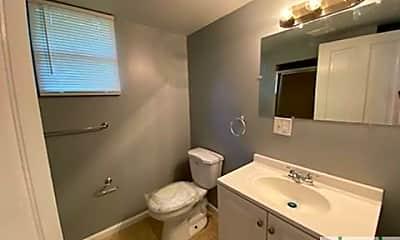 Bathroom, 10 Newell St, 2