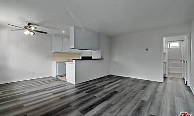 Living Room, 3541 Jasmine Ave 6, 0