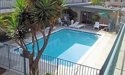 Garden View Apartments, 2