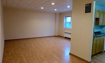 Living Room, 140 N Broadway, 1