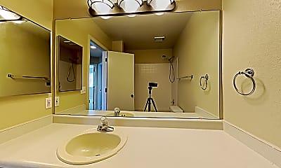 Bathroom, 5169 Golden Valley Trail, 2