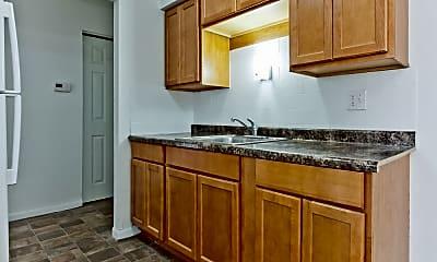 Kitchen, 10 W 137th St, 2
