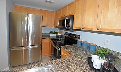 Kitchen, 777 7th St NW 1014, 1