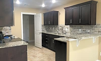 Kitchen, 2511 S Murphy Ln, 1