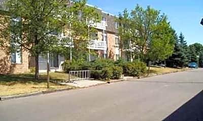 River Garden Apartments, 1