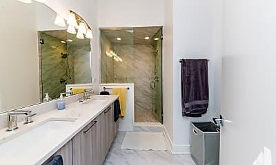 Bathroom, 1220 W Ohio 3, 2
