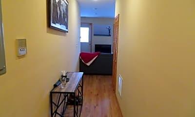 Living Room, 1400 N Ashland Ave, 2