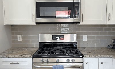 Kitchen, 1055 Briarcliff Ave, 1