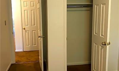 Bedroom, 42-71 Hampton St 2FL, 2