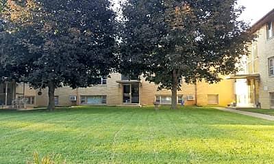 University Square Apartments, 0