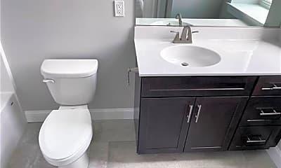 Bathroom, 216 Penn St 4, 0