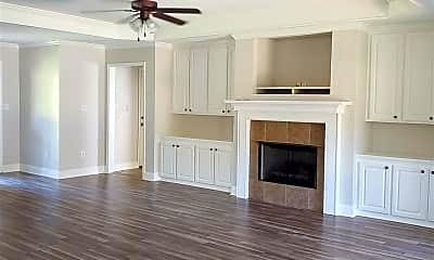 Living Room, 701 Pecan Ct, 1