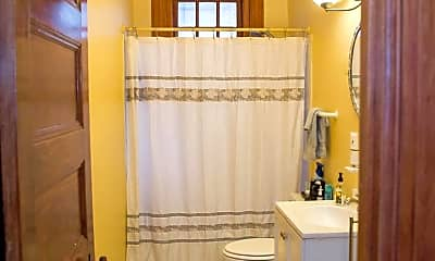 Bathroom, 2311 Connecticut Ave NW 103, 2
