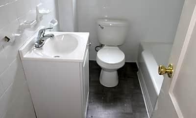 Bathroom, Bell Lake Park Apartments, 2