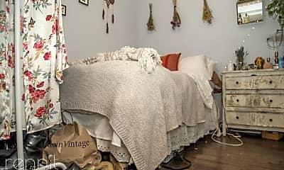 Bedroom, 415 Suydam St, 2
