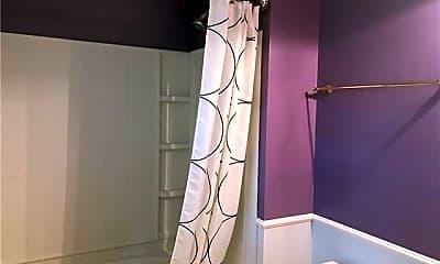 Bathroom, 15573 Stronvar House Ln, 2