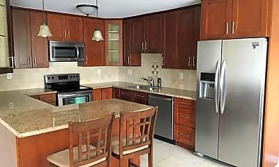 Kitchen, 18547 Collins St B24, 0