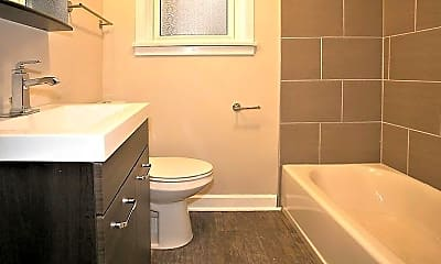 Bathroom, 1606 W Berwyn Ave, 1
