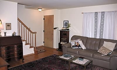 Living Room, 823 W Monroe St, 0