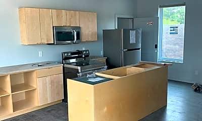 Kitchen, 1301 S Walnut St, 0