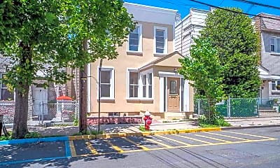 Building, 6805 Bergenwood Ave 2, 0