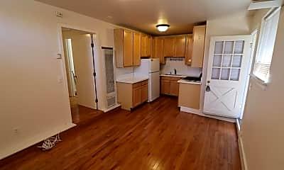 Kitchen, 2424 Roosevelt Ave, 0