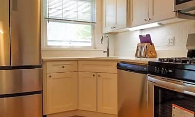 Kitchen, 86 Lincoln Ave, 1