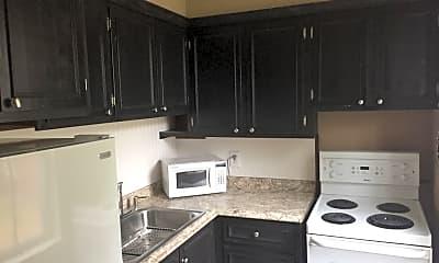 Kitchen, 200 King St, 1