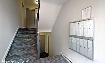 Living Room, 1660 21st Rd N, 2
