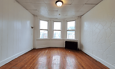 Living Room, 148 Bidwell Ave, 1