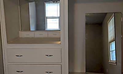 Bedroom, 3417 Brookside Dr, 2